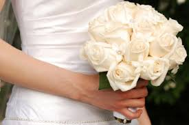 brides bouquet how to choose the best bridal bouquet for your personality