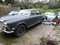 roll royce bentley rolls royce silver shadow 1971 and bentley t1 1976 damaged spares