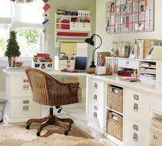 fabriquer bureau soi m e decoration fabriquer bureau blnc paniers tressés tiroirs