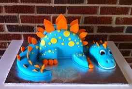 dinosaur cakes big blue dinosaur cake rkt the rest is cake covered in