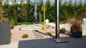amenagement exterieur piscine aménagement spa et piscine manu jardins