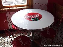 coca cola table and chairs old fashioned coca cola table and chairs 30 s 60 s vintage coca