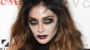 how to do halloween makeup pretty halloween makeup ideas you u0027ll love stylecaster