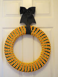 halloween candy wreath crafts by cas candy corn wreath