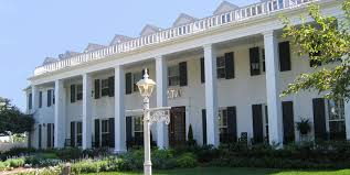 pictures of houses the 22 most stunning sorority houses in america beautiful sorority