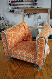 How To Upholster A Sofa by Do You Want To Learn How To Upholster Furniture Kim U0027s Upholstery