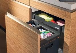 cuisine en bois poubelle de cuisine en bois poubelle conteneur de cuisine en bois en