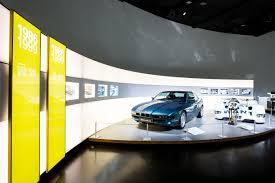 bmw museum stuttgart bmw museum zeigt u201e100 meisterstücke u201c auto medienportal net