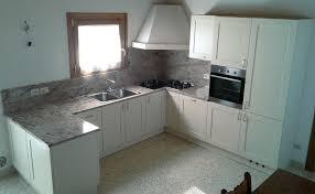 cucine piani cottura cucina in legno massello rovere rudy mobili e progetti