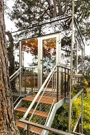 treehouse design inspiring treehouse ideas busyboo page 1