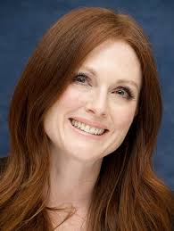 julie ann moore s hair color julianne moore golden globes