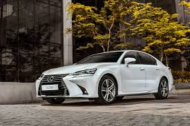 lexus gs 200t 2016 lexus gs gets a bold new design and goes turbo