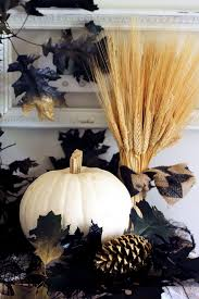 how to use natural elements to decorate for halloween decorating