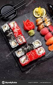 jeu de cuisine sushi cuisine japonaise jeu de sushi photographie ostancoff 140978742