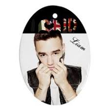 check out all the one direction ornaments i found at the