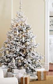 White Christmas Tree Decorations Ideas by 30 Awesome Christmas Tree Decorating Ideas