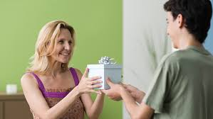gift for mom 7 best christmas gifts for mom