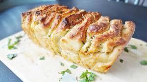 cheesy garlic pull apart bread domestic gothess