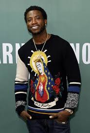 gucci mane sweater gucci mane attends signing of the autobiography of gucci mane