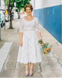 plus size wedding dresses with sleeves tea length 2017 selling lace plus size wedding dress half sleeve