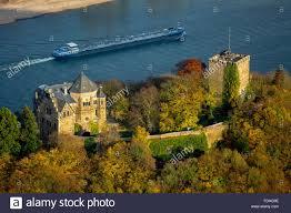 Bad Breisig Burg Rheineck Im Rheintal Rhein Herbst Blätter Frachtschiff