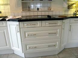 remplacer porte cuisine poignee meuble cuisine une cuisine sans poignaces poignee meuble