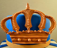 fondant 2d gold crown tutorial u2013 grated nutmeg