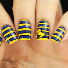 copycat claws 26 great nail art ideas yellow and bold