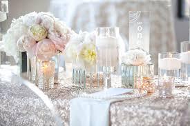 white wedding and white wedding inspiration chagne