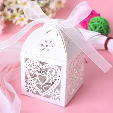 Wedding Gift Decoration Purple Color Heart Laser Cut Gift Candy Favour Boxes With Ribbon