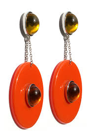 fabulous earrings edie orange disc earrings steve sasco design