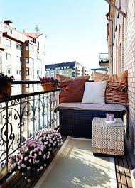 Decorating A Small Apartment Balcony by Best 25 Apartment Balconies Ideas On Pinterest Apartment