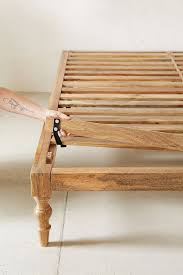How To Make A Platform Bed With Legs by 9 Best Platform Bed Images On Pinterest Bedroom Ideas Diy Bed