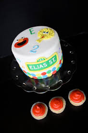 sesame birthday image detail for sesame cupcake tier with top fondant cake