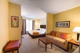 Comfort Inn Universal Studios Orlando Comfort Suites Hotel In Orlando Fl