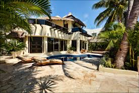 casa nikki luxury retreats