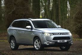 mitsubishi outlander 2012 car review honest john