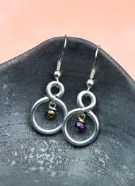 vire earrings figure eight wire earrings happy hour projects