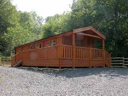 2 bedroom log cabin garthyfog log cabin camping and caravan site barmouth gwynedd