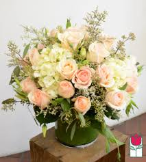 flower delivery honolulu beretania florist new item beretania s peyton bouquet honolulu