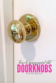 livelovediy how to update old brass doorknobs with spray paint