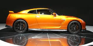 nissan gtr launch control 2017 nissan gt r revealed in new york australian launch due