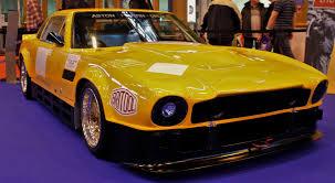 classic aston martin cars file aston martin v8 race car 23789641176 jpg wikimedia commons