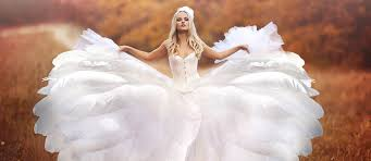 feather wedding dress 24 beautiful feather wedding dresses trend for 2017