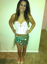 Wilson Volleyball Halloween Costume Member Spotlight 3 Diy Halloween Costume Ideas Lauren Conrad