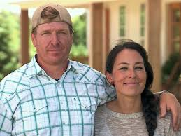 fixer upper u0027 stars chip and joanna gaines criticized for target