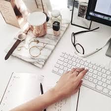 Things To Put On Your Work Desk Best 25 Work Desk Ideas On Pinterest Work Desk Decor