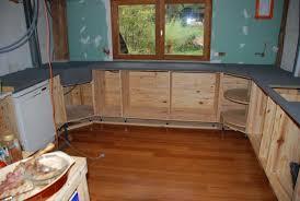 beton ciré pour plan de travail cuisine b ton cir sur bois avec cuisine en beton cire et bois newsindo co