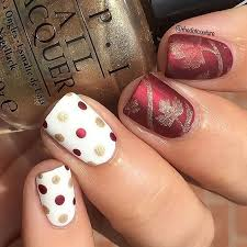 a simple fall dotticure makes the thanksgiving nails such