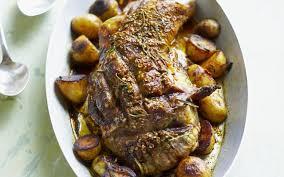 cuisiner epaule agneau epaule d agneau et grenailles grillées cuisine et recettes